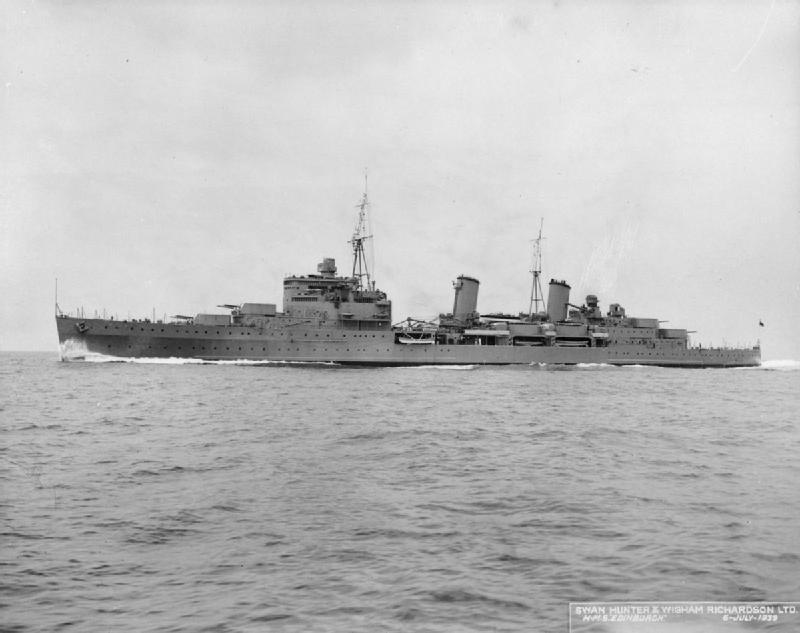HMS_Edinburgh_(C16)_FL_004169.jpg
