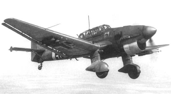 Junkers_Ju_87_B_01.jpg