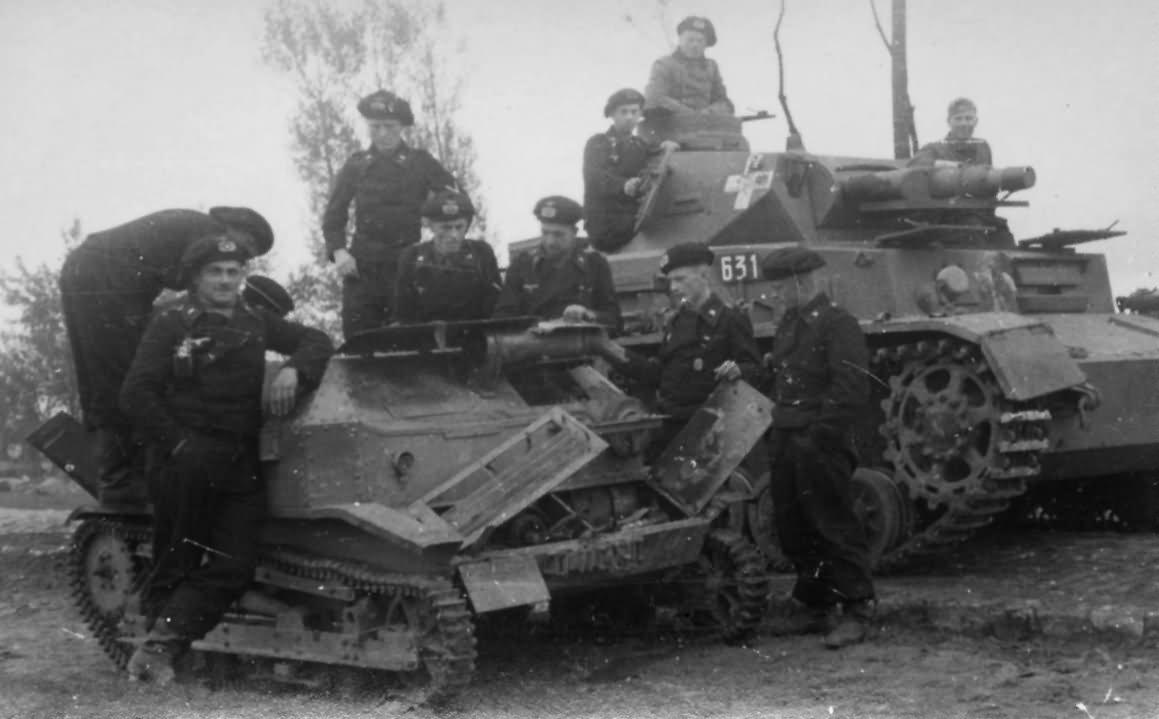 Egy Panzerkampfwagen IV Ausf. C és egy lengyel TKS tankette