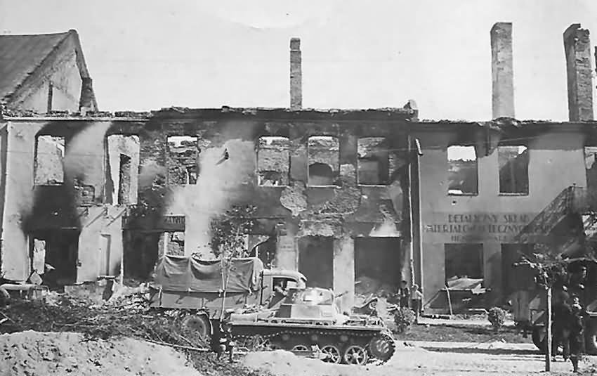 Panzerkampfwagen I Ausf.A egy romos lengyel városban