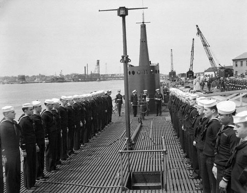 USS_Sailfish_1940_majus_15_001.jpg