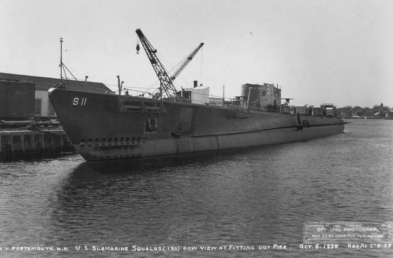 A USS Squalus már a vízen, de még felszerelés alatt.
