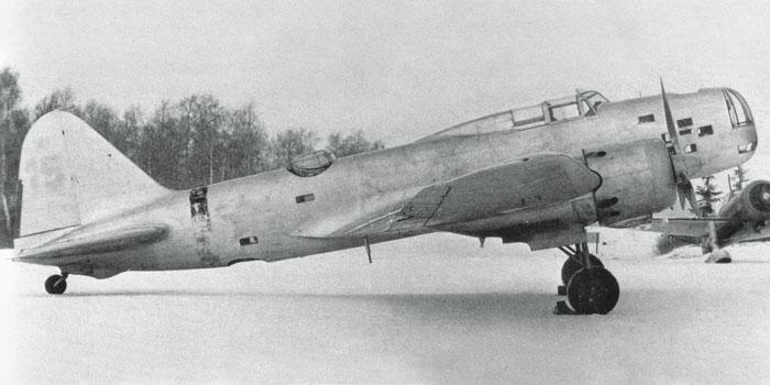 Szovjet Iljusin DB-3 közepes bombázó.