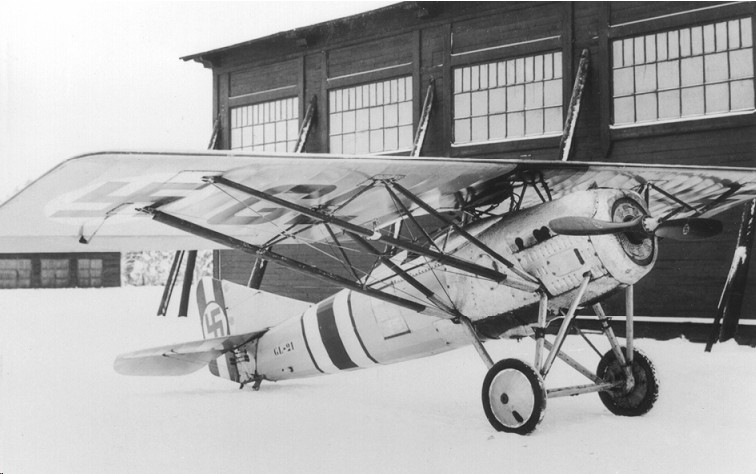Francia gyártmányú Gourdou-Leseurre GL-21 B2 együléses vadászgép. Az 1920-as évek végén 20 darabbal rendelkezett belőle a finn légierő.