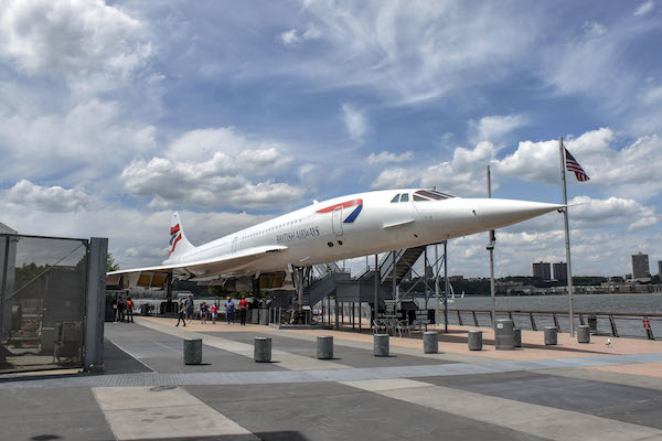 BA_G-BOAD_Concorde_Intrepid_NYC.jpg