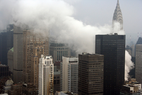Midtown_Steam_Explosion_07182007.jpg