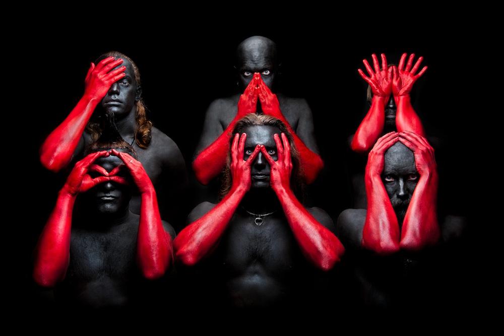 Red-Hands-pienempi-8-2012.jpg