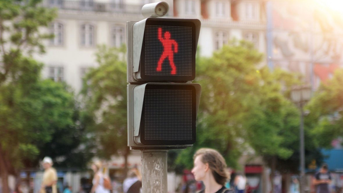 The-Dancing-Traffic-Light.jpg