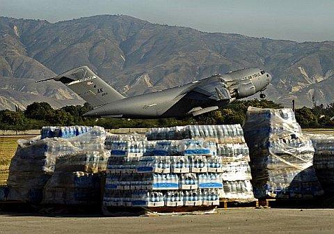 haiti-c17-aerodomedejacmel-100202.jpg