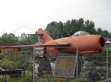 AB-140503-MiG15-Vác-01.jpg