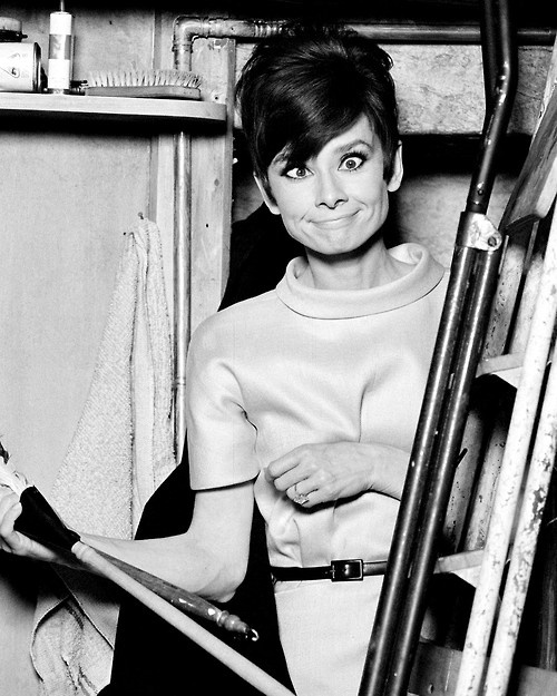 Audrey-Hepburn-on-the-set-of-How-To-Steal-A-Million.jpg