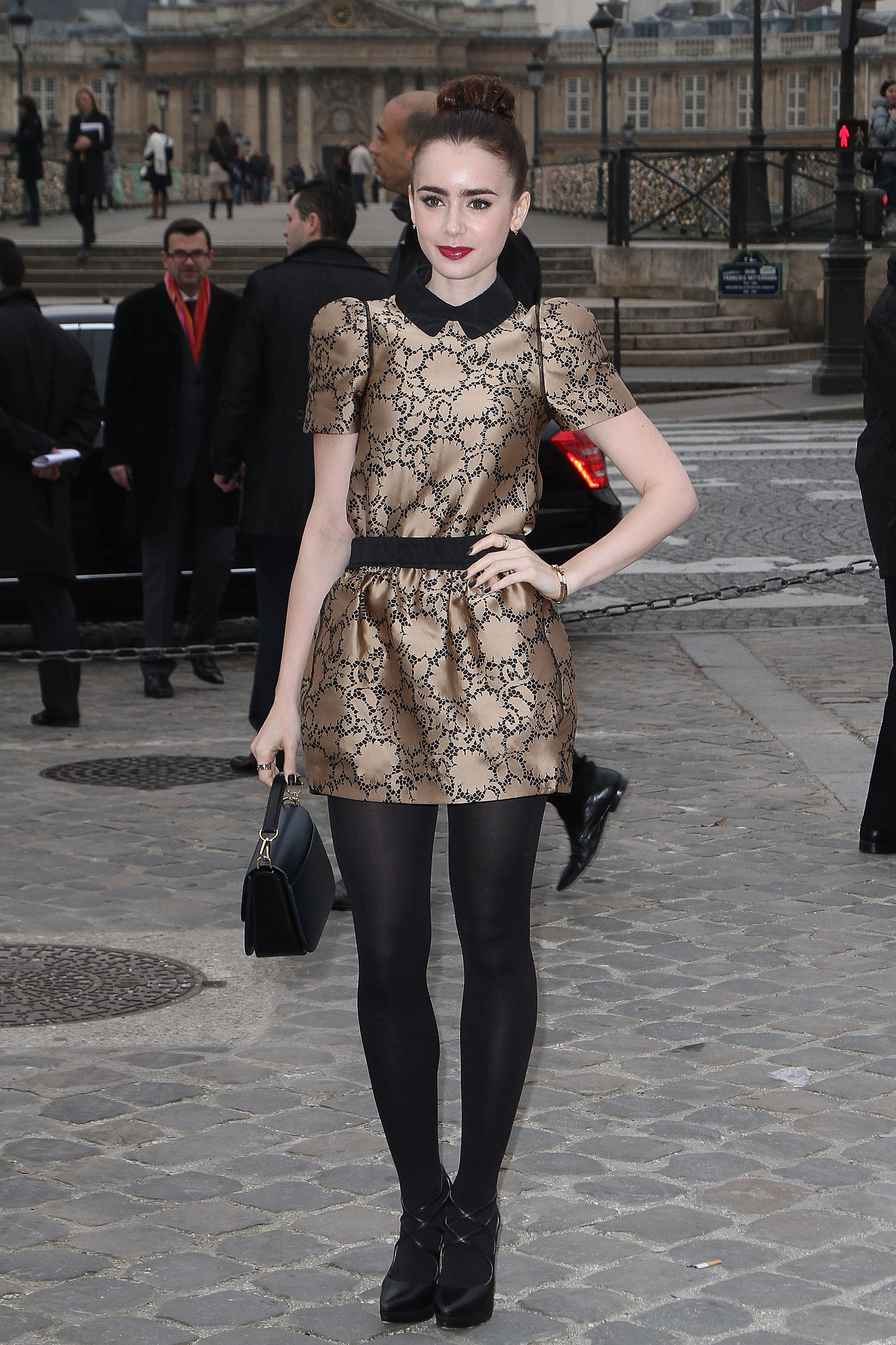 lily collins street style anna�s way