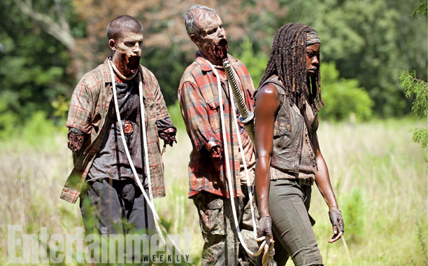 Michonne-with-pet-zombies-in-The-Walking-Dead-season-4B.jpg