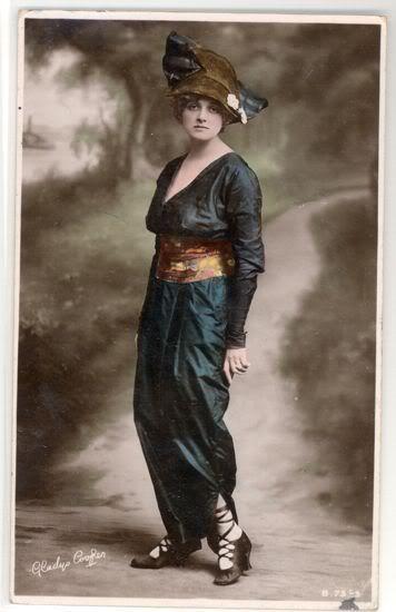 1910harempants.jpg