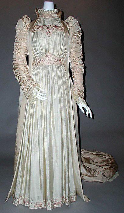 ruched_silk_artistic_dress_by_liberty_of_london_british_1891_label_liberty_coartistic.jpg