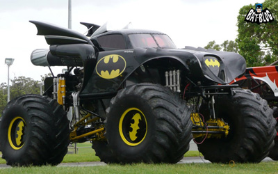 1440 X 900 batmobile batman monster truck_1.jpg