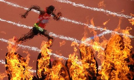 Olympic-flame-smartphone-coverage-photoDanChungGuardian.jpg