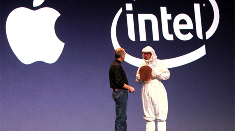 Egy ideje már pedzegetjük, de most a majdnem tévedhetetlen KGI Securities állt elő azzal az elmélettel, hogy az Apple bizonyos Macekbe saját processzort építhet az Intelé helyett. Nyilván egy rakás kérdést felvet a váltást, viszont a teljesítmény lassan rendelkezésre áll az A csipekben.