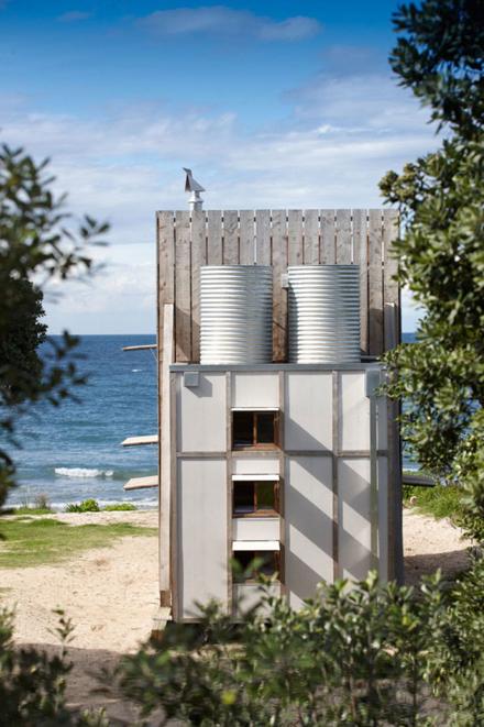 Whangapoua-Portable-Hut-Crosson-Clarke-Carnachan-7.jpg