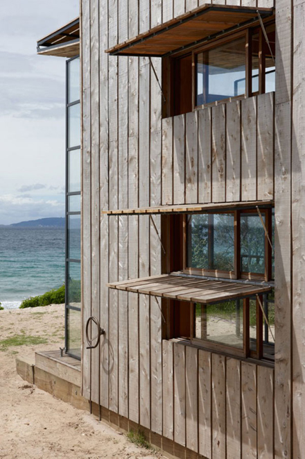 Whangapoua-Portable-Hut-Crosson-Clarke-Carnachan-8.jpg