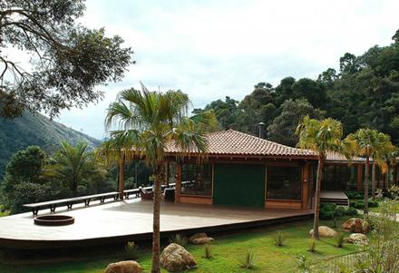 Itaipava-House-by-Cadas-Architecture-Enpundit-32.jpg