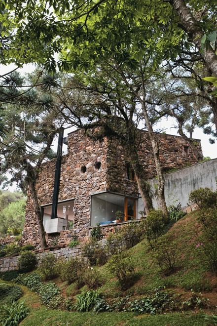 12-fachada-marcelo-rosenbaum-casa-pai.jpeg