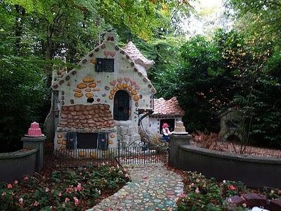 fairy_tale_houses_24.jpg