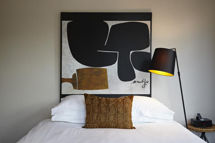 700_r-house-white-bedsheets.jpg