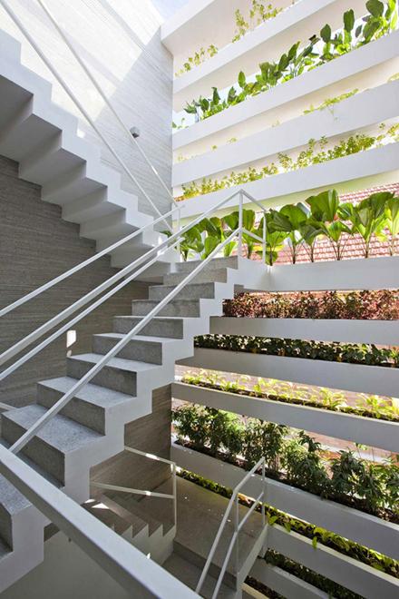 stacking-green-house-vo-trong-nghia-enpundit-7.jpg