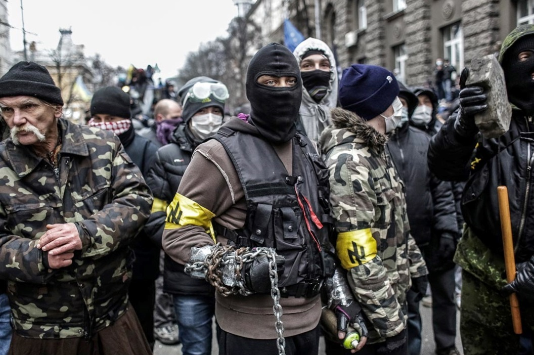 neonazis-ukraine.jpg