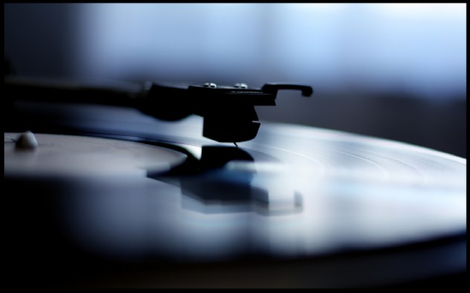vinyl-01.jpg