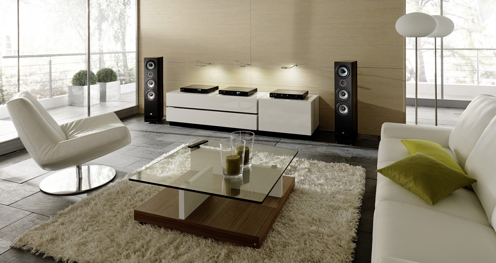 Mostant l audioworld a is audioworld - Home audio system design ...