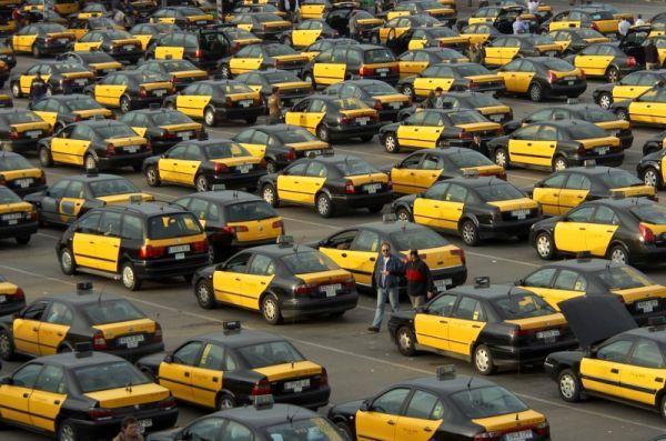 Taxi fóliázás