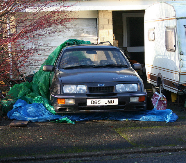 Ford Sierra 4x4 2.8 turbo estate.jpg