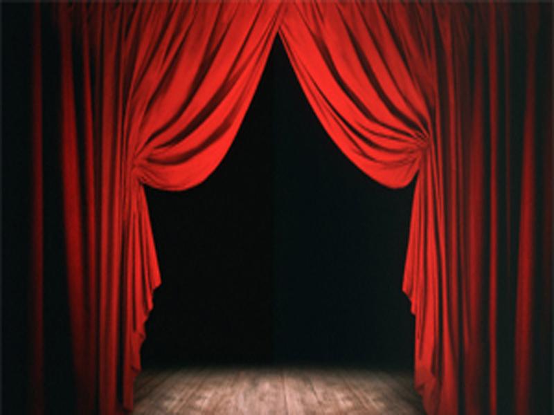theatre_ (800x600).jpg