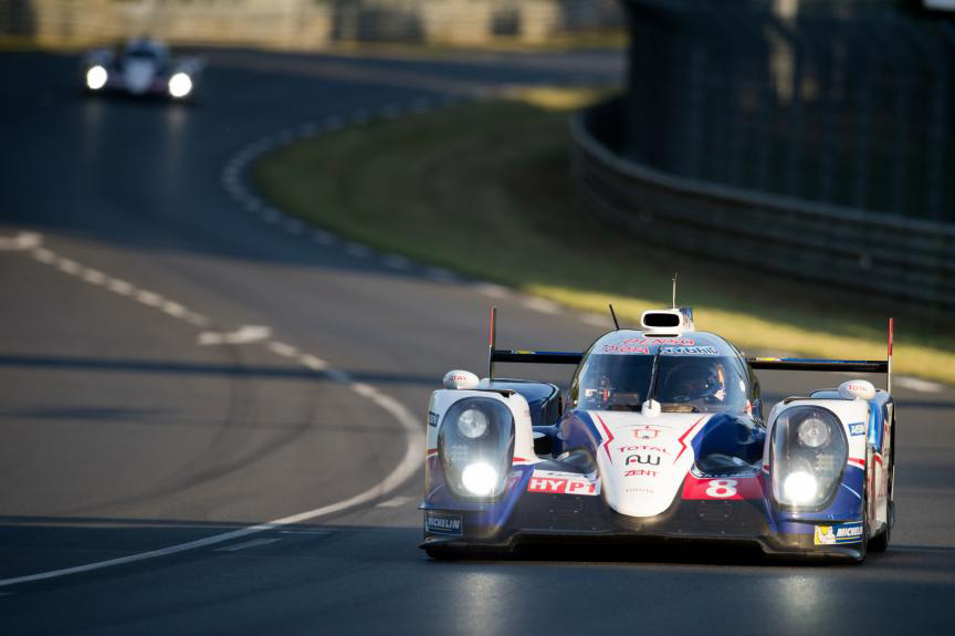 2014-24-Heures-du-Mans-8-TOYOTA-RACING-(JPN)-TOYOTA-TS-040-HYBRID-SBA-1424A-DSC-3546_n.jpg