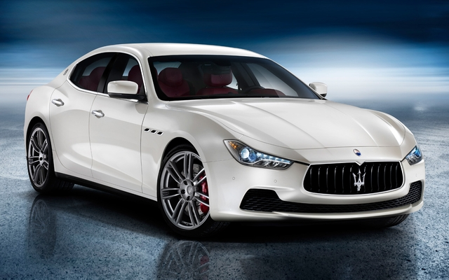 2014-Maserati-Ghibli-sedan-front-three-quarters-view.jpg