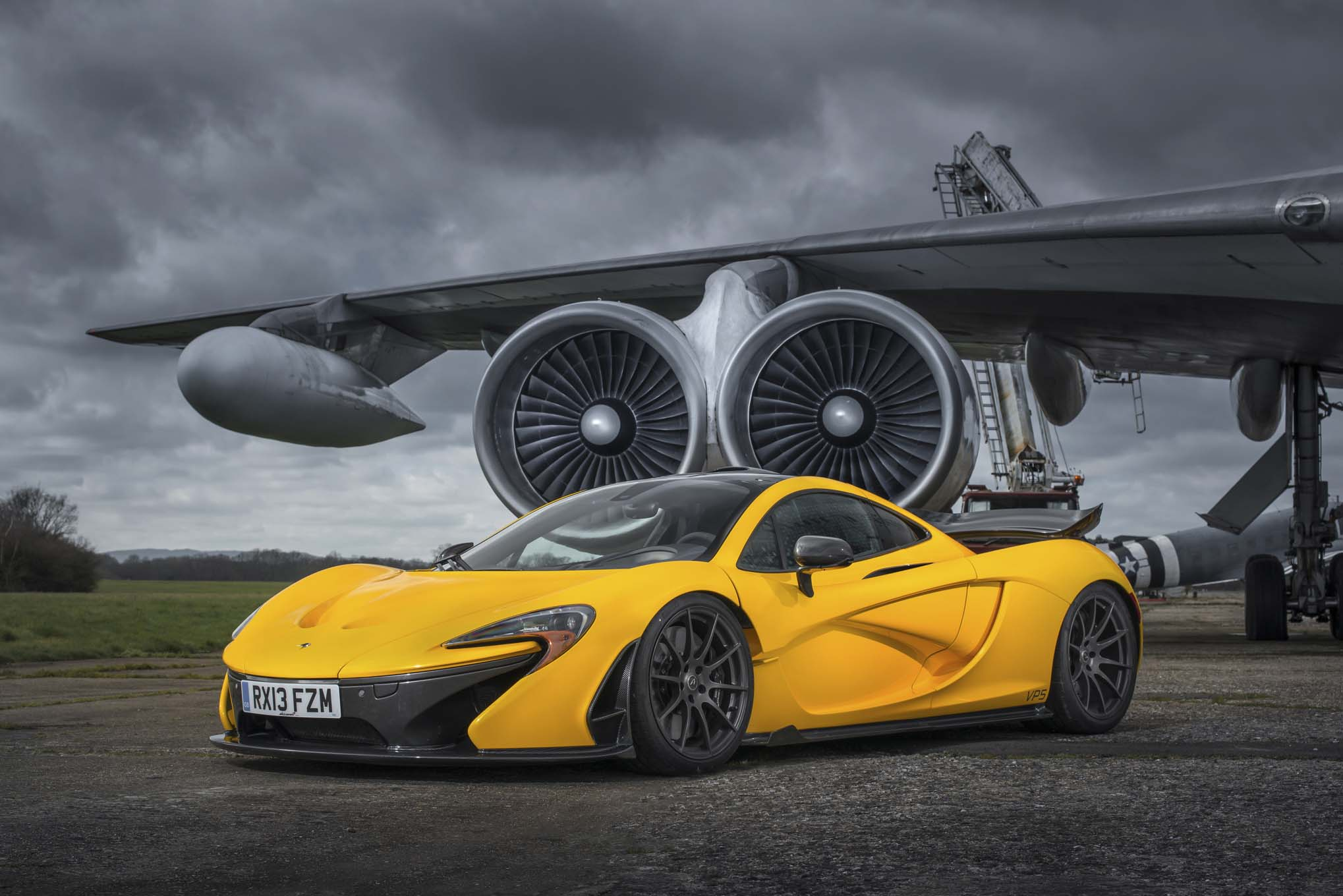2014-mclaren-p1-yellow-front-three-quarters.jpg