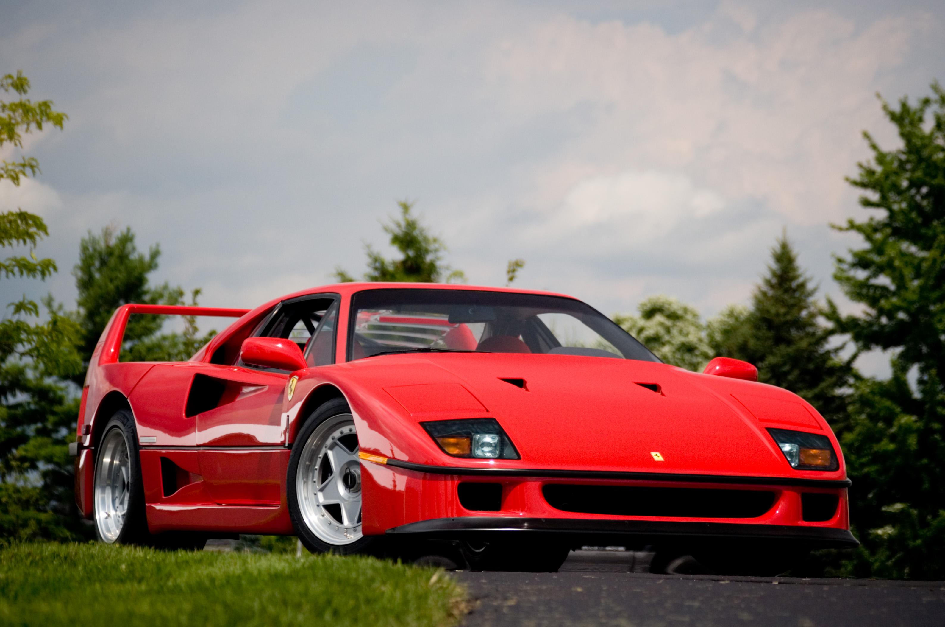 Ferrari_F40_14.jpg