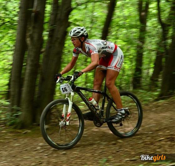 Renáta Karkulka Karkošková czech bike girl rider novatop lapierre 10.jpg