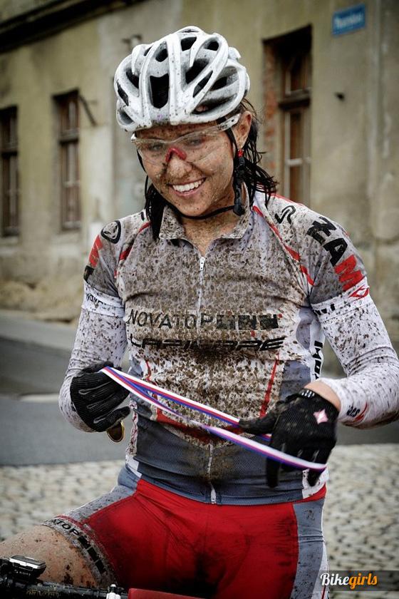 Renáta Karkulka Karkošková czech bike girl rider novatop lapierre 11.jpg