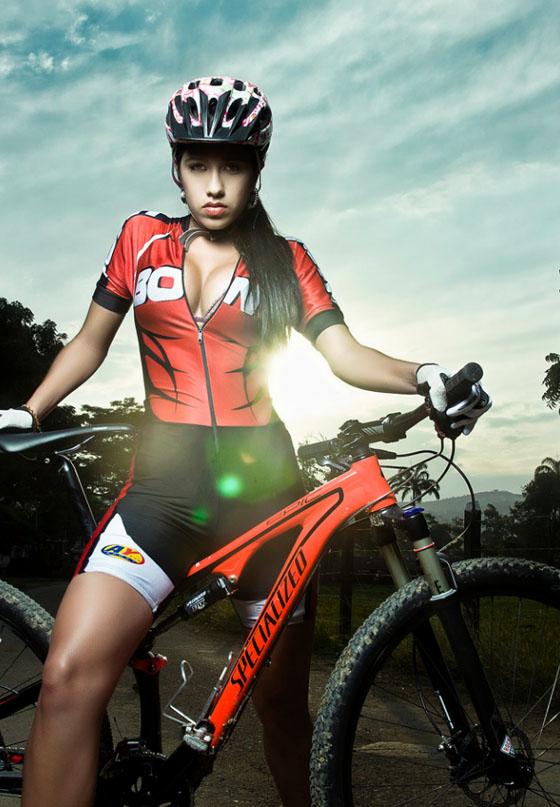 juan jose jaimes bike girl 100.jpg