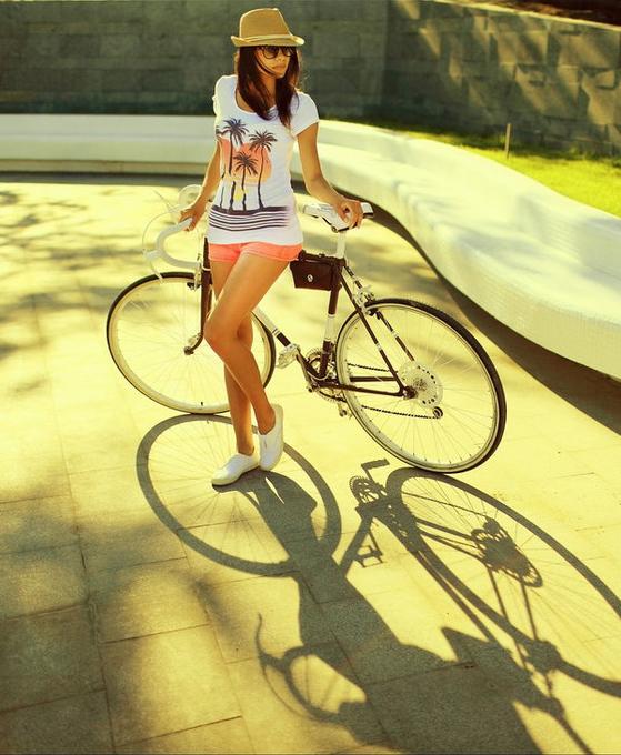 bikegirls_velo_girl_by_ilonashevchishina