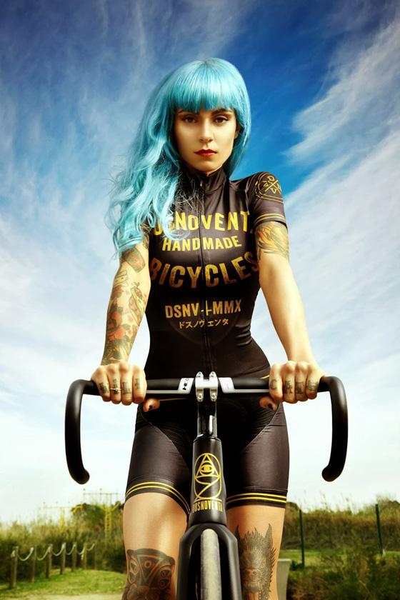 Dosnoventa_barcelona_bikegirls_blog_1.jpg