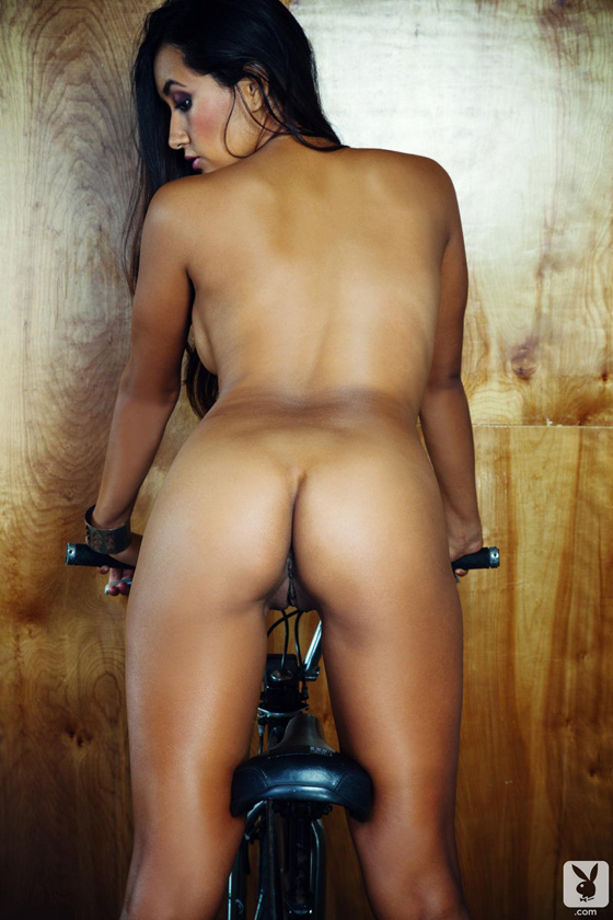 jeannie-santiago-playboy-bikegirls-blog-29.jpg