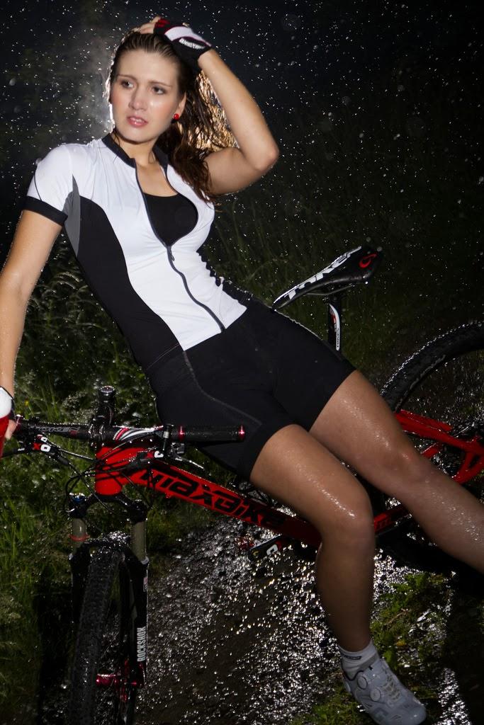 bikegirls_blog 16.jpg