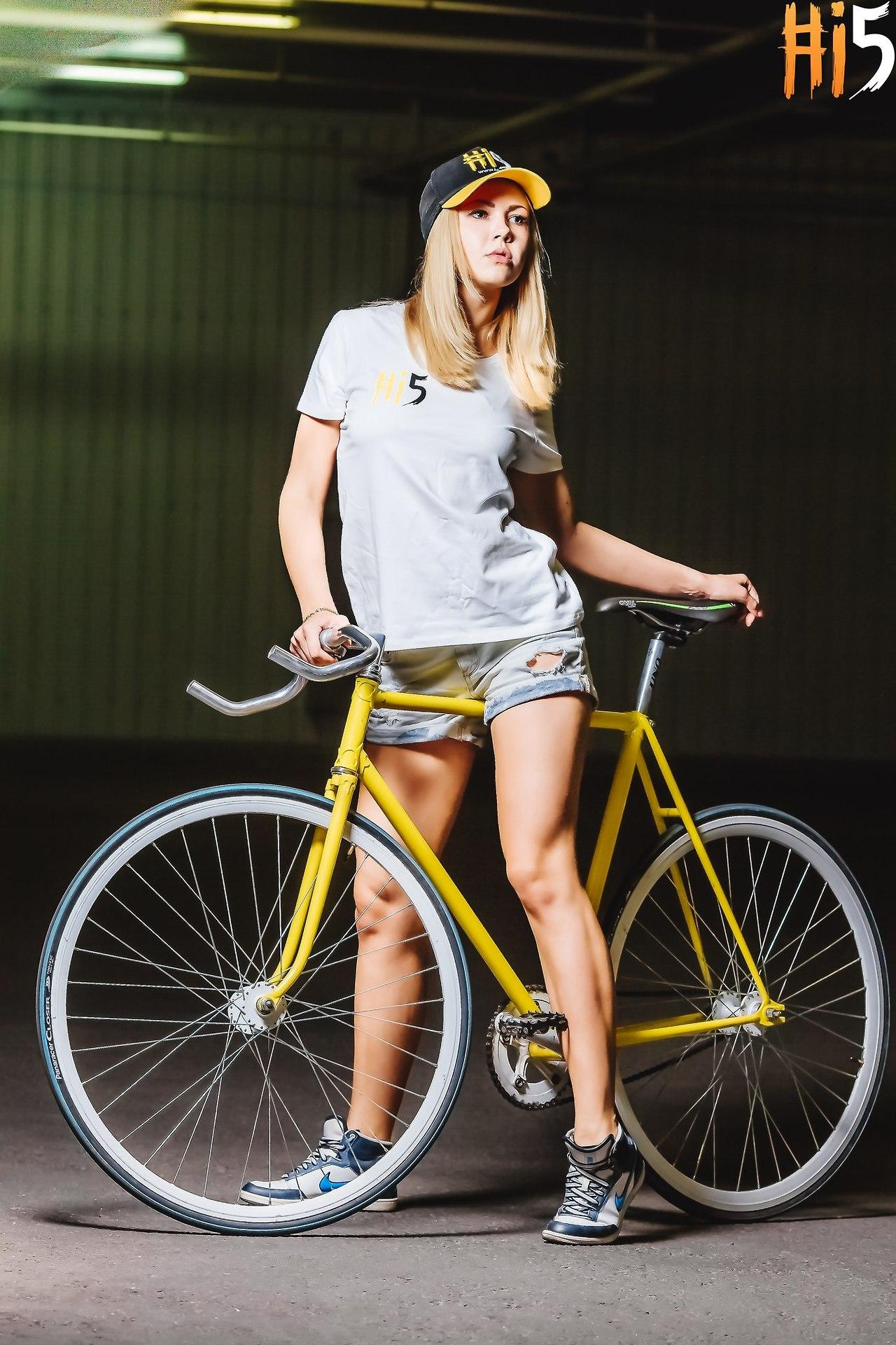 Anna Ayzen Bikegirls Blog 4.jpg