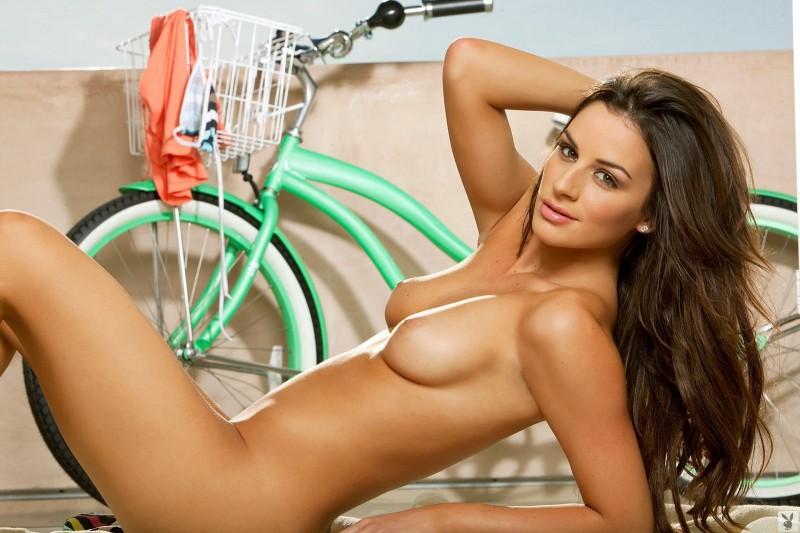 nadia-marcella-bike-bikini-playboy-15-800x533.jpg