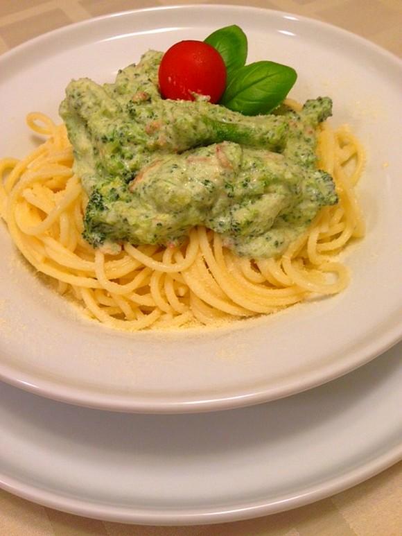 Brokkolis spagetti2.JPG