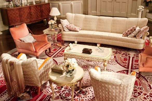 daisy-buchanan-sitting-room.jpg